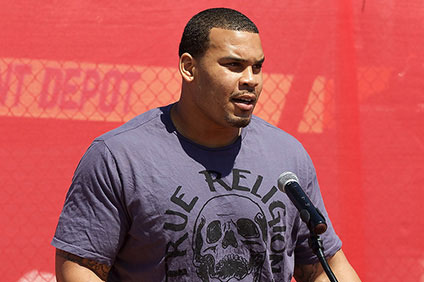 NFL starter Brandon Brooks gives back out of gratitude for Miami